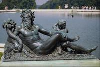 Зевс с рогом изобилия. Скульптура фонтана в Петродворце